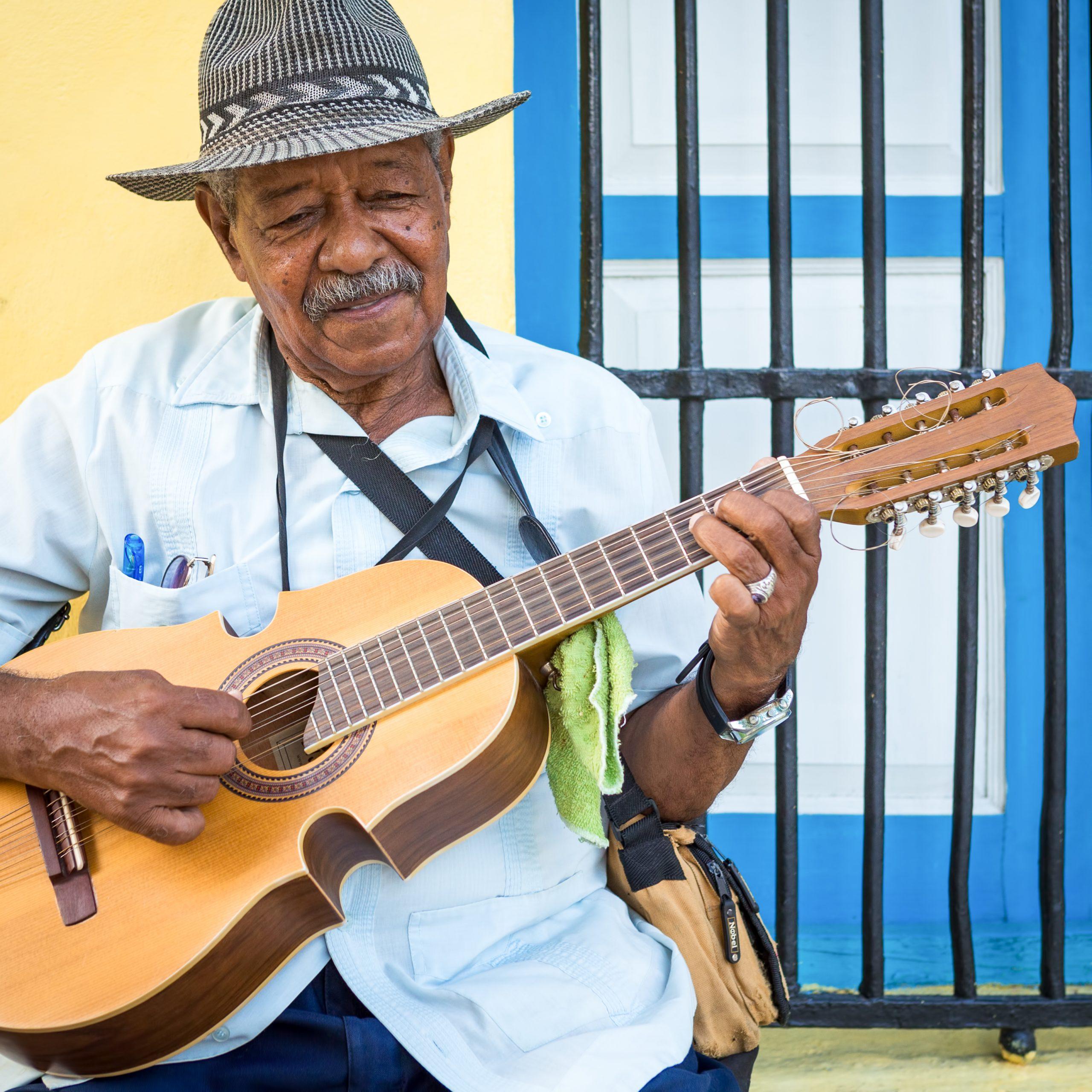 Simply Cuba - People